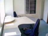 Угловые столы для офиса